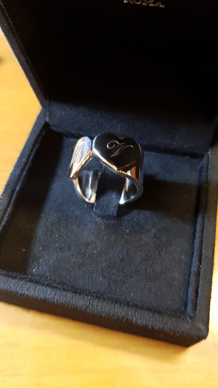 anello personalizzato con incisione sigillo di gioielli argento Otello Santucci